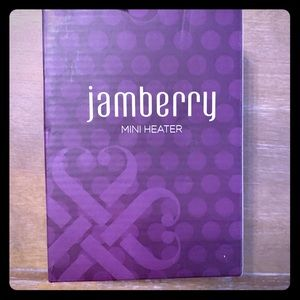 New never used Jamberry mini heater
